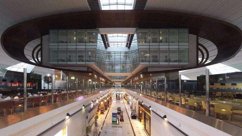 Международный аэропорт дубай 2 сезон 3 серия квартиры в риге цены